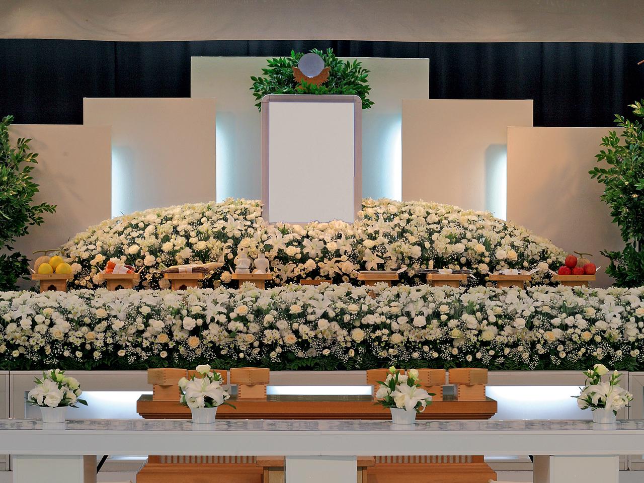 【生花祭壇】一般葬 参列80人 水戸市
