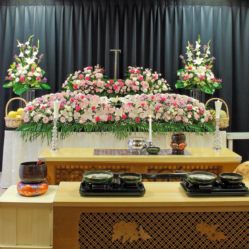 【生花祭壇】家族葬 参列10人 水戸市