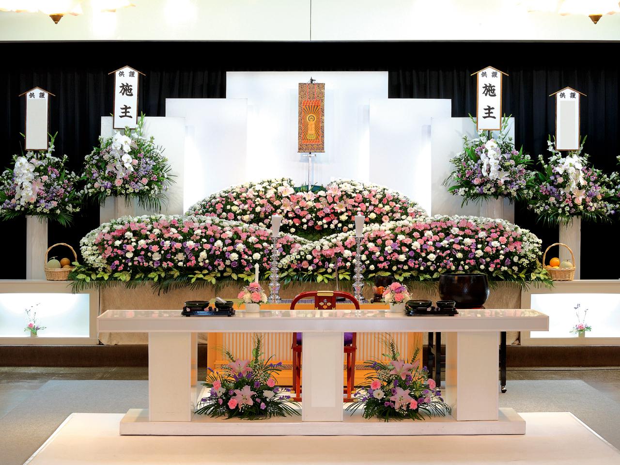 【生花祭壇】家族葬 参列40人 水戸市